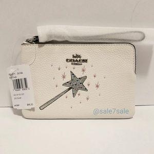 ♥️ HTF COACH x Wizard of Oz Wristlet Bag / Wallet